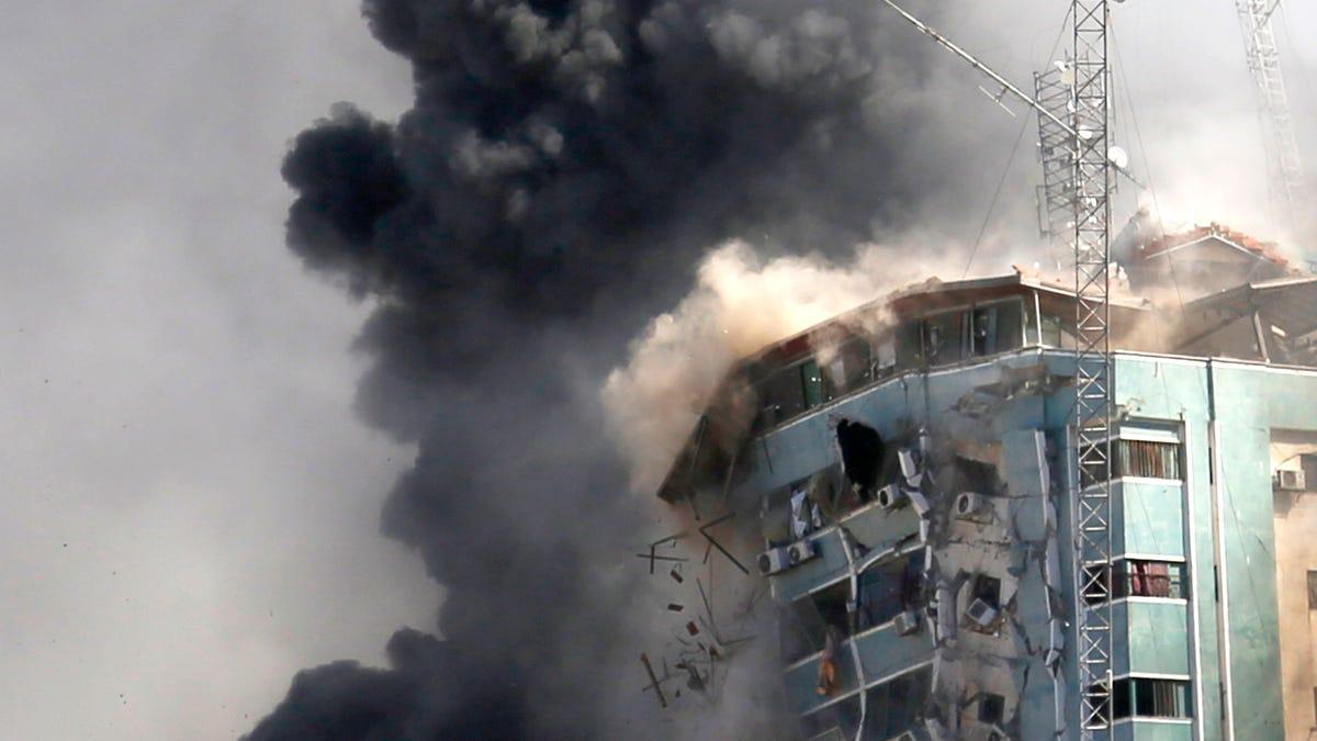 Media demand Israel explain destruction of news offices 2