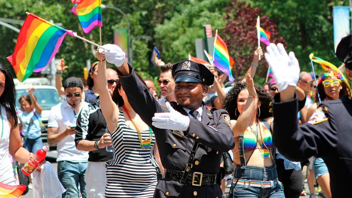 NYC Pride parade bans police; Gay officers 'disheartened' 3