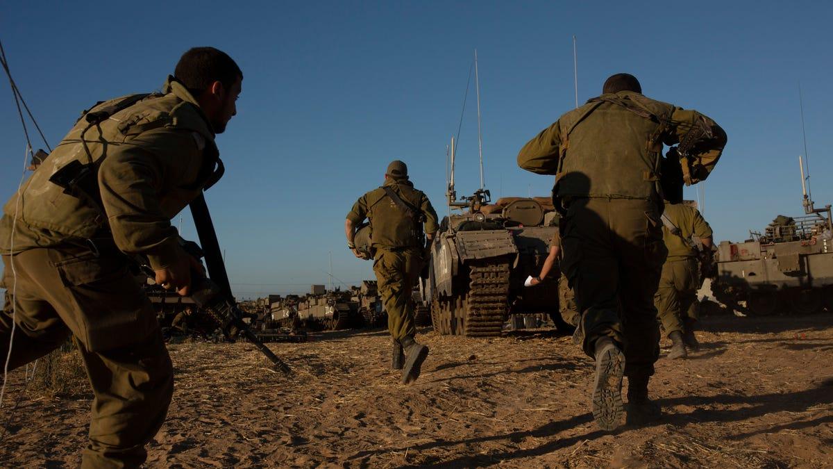 Israeli military targets home of Gaza's top Hamas leader 3