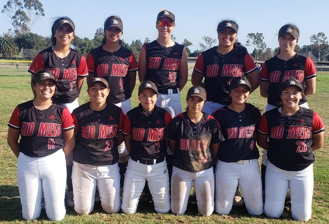 The Rio Mesa High softball team won its fifth straight Pacific View League title.
