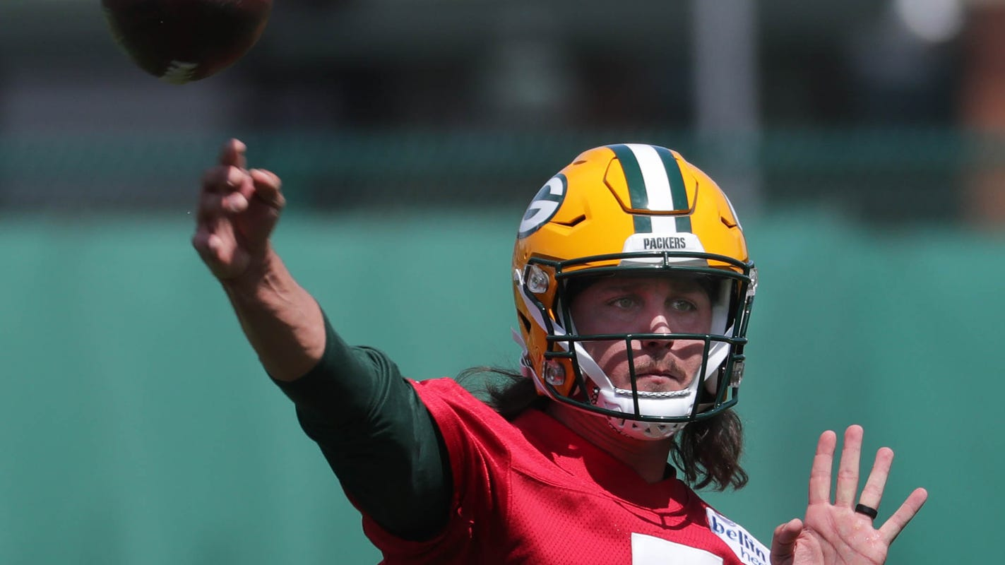 Green Bay Packers add fourth quarterback to roster by signing Kurt Benkert