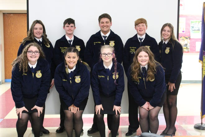 The 2021-22 Union Local FFA officer team was recently installed at the 2021 Spring FFA Banquet. They are, l to r, front row, Karlie Loos, historian; Kaylin Burress, treasurer; Kimmy Dallas, chaplain; Charlee Daugherty, vice president; and back row, Adreanna Harper, student advisor; Frankie Saffell, president; Carson Phillips, reporter; Rylan Luyster, sentinel; JaciJo Reynolds, secretary.