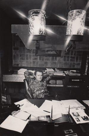 Larry Flynt in his Columbus office in June 1976
