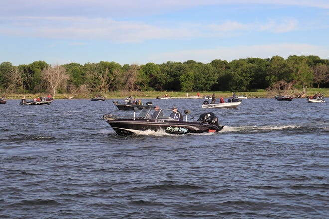 Devils Lake Walleyes on the Prowl Early.