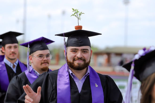 A graduate of the College of Agricultural and Environmental Sciences decked out his mortarboard for Friday afternoon's ceremony.