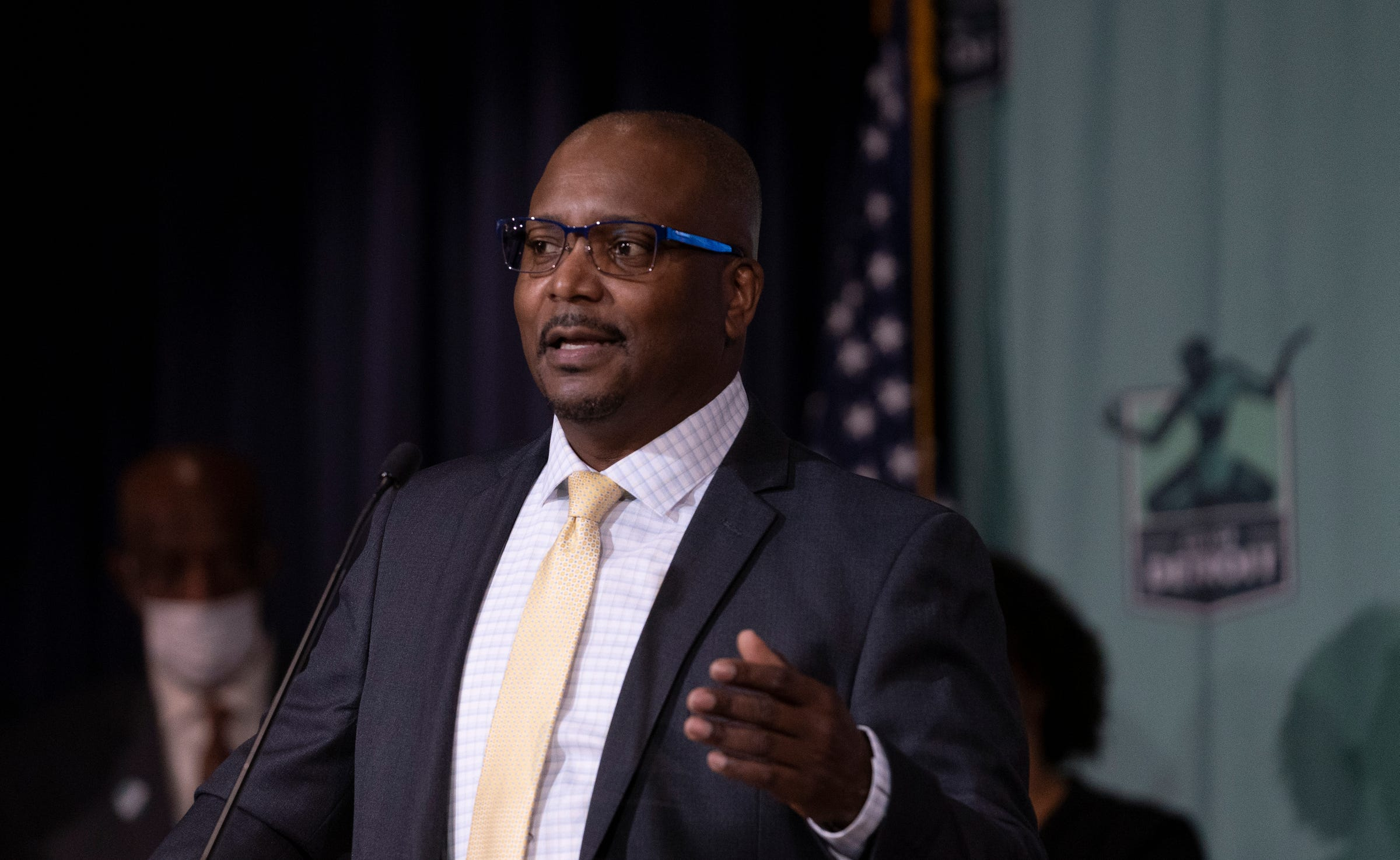 New Detroit interim police chief will not 'try to be James Craig'