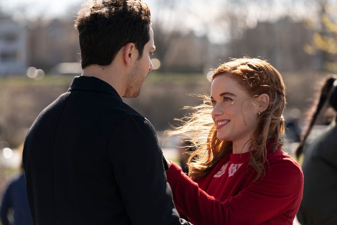 """Max (Skylar Astin), left, and Zoey (Jane Levy) share an encounter in the Season 2 finale of NBC's """"Zoey's Extraordinary Playlist."""""""