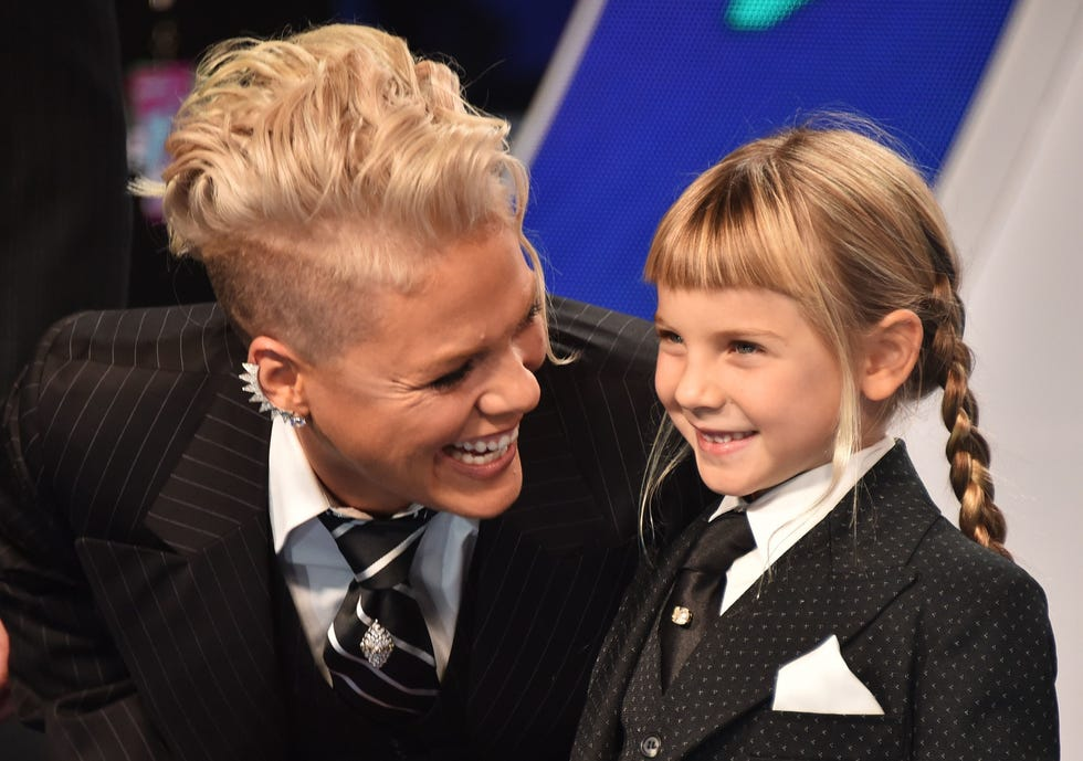 Pink, left, and Willow Hart at the 2017 MTV Video Music Awards in Inglewood, Calif.