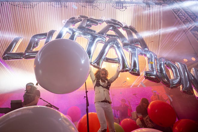Flaming Lips play at Stubb's downtown during Levitation 2019.