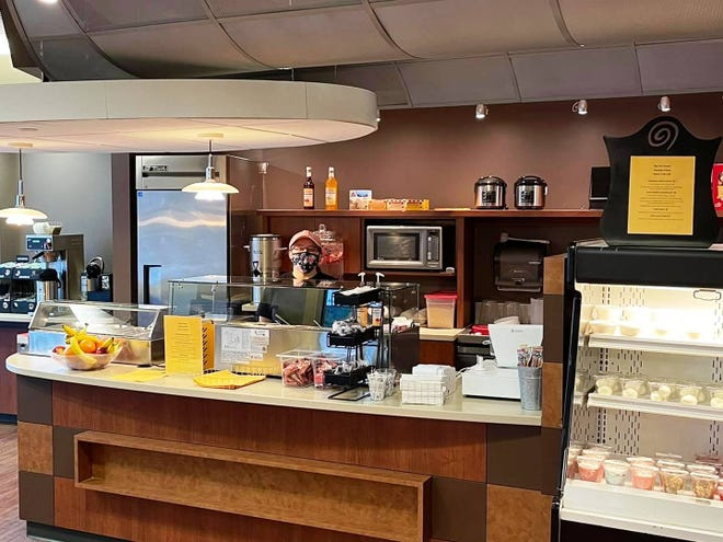 Big Cat's Bowls opened a second Canton location earlier this week, inside the Graham Medical Group building. The restaurant that specializes in healthier menu options is open for breakfast and lunch.