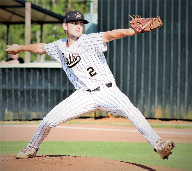 Leesville senior pitcher Jacob Mount was one of two Leesville Wampus Cats named first-team all-district.