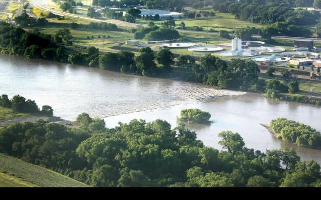 An increased level of organic materials in the Kansas River is being blamed for odor and taste problems affecting the tap water provided by Topeka's city government.