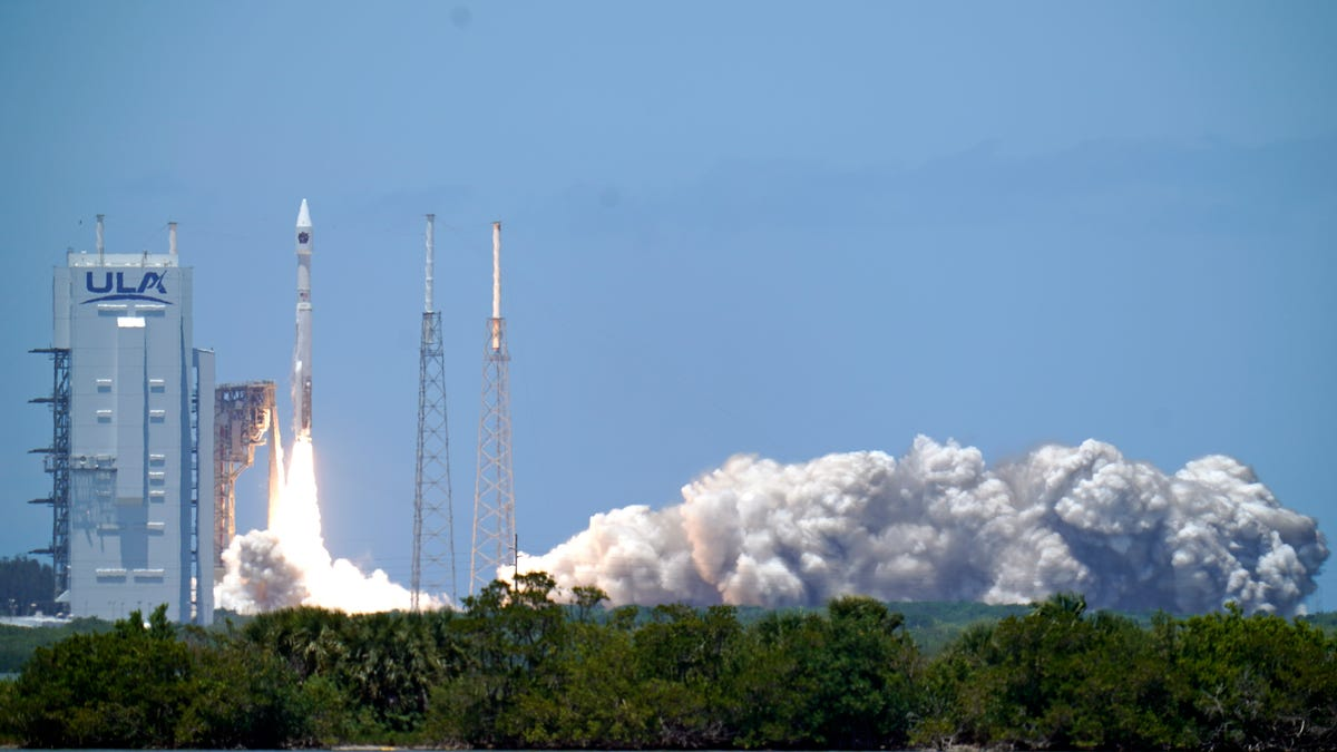 US Space Force missile-warning satellite rockets into orbit 3