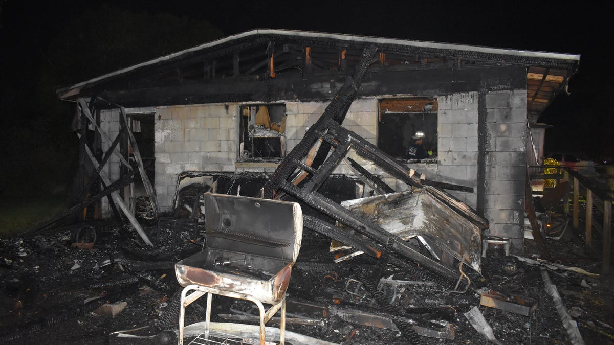 Harlem Heights fire destroys home; firefighters help save belongings dear to residents 2