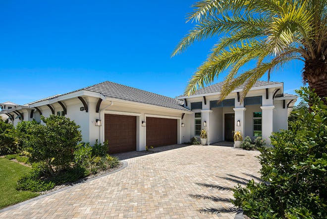 Seagate Development Group announced that the last two homesites in Windward Isle are under contact. Windward Isle is a gated enclave of 28 single-family residences within a discreet cul-de-sac on Airport-Pulling Road in North Naples.
