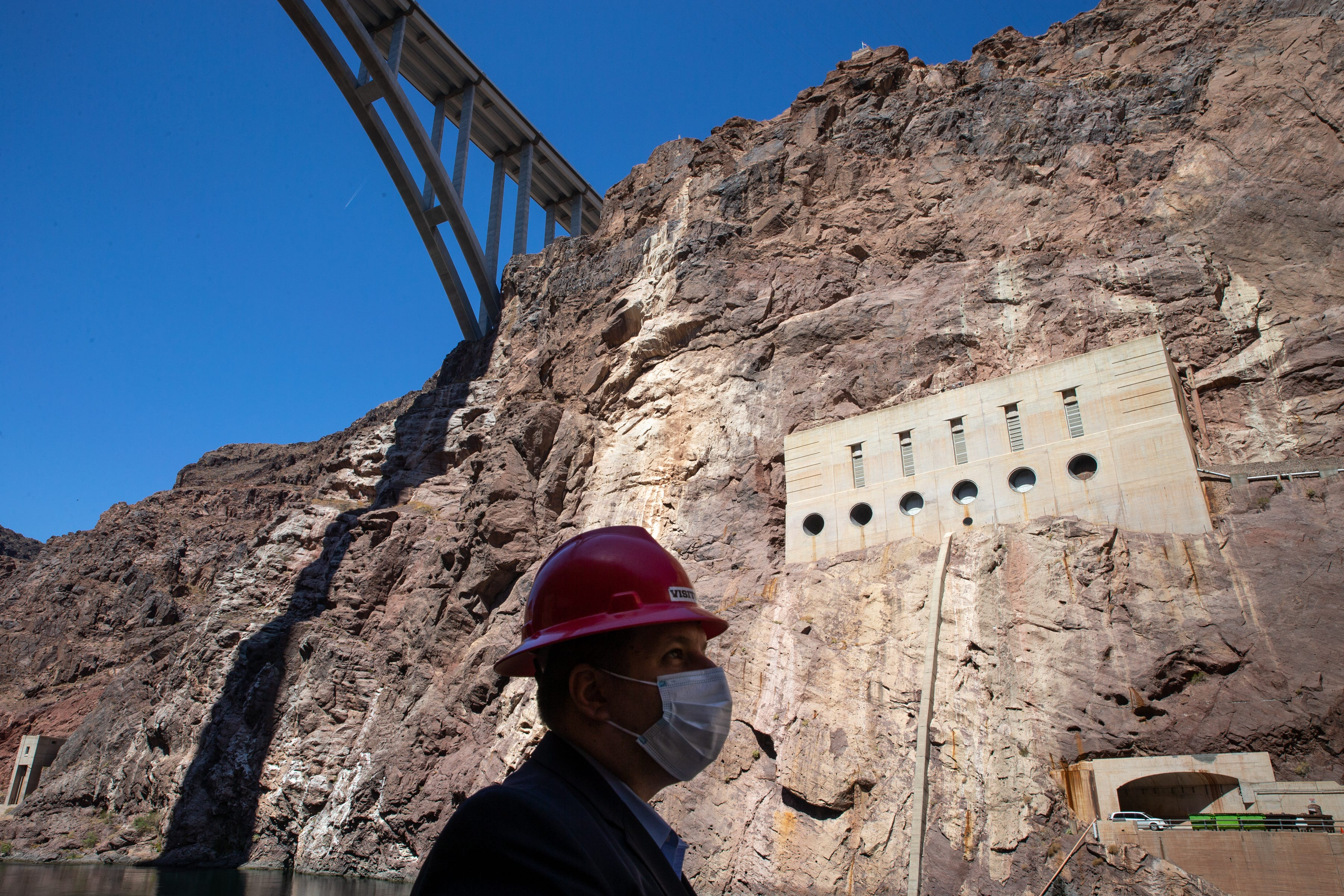 Mike Bernardo of the federal Bureau of Reclamation says that if the water level fell below the elevation of 950 feet, Hoover Dam would lose the ability to generate power.