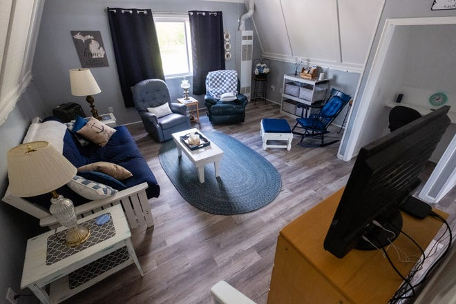 KJ's River Loft, a vacation rental, is located in the space above The Lilly Rose Color Bar & Salon LLC in Algonac.