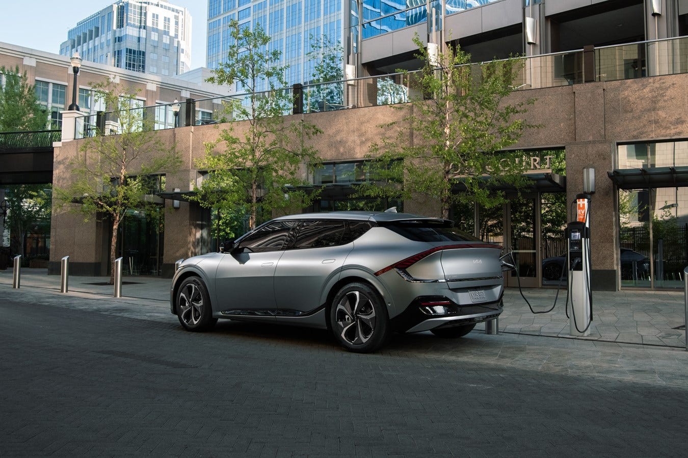 Kia reveals EV6 electric crossover vehicle with augmented reality windshield, remote parking