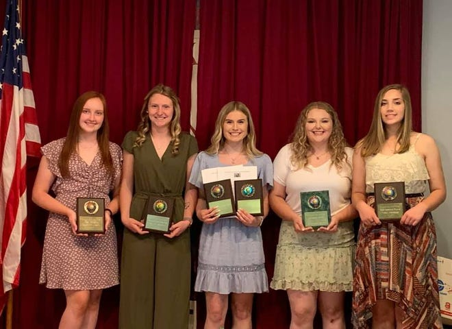 Special awards were presented recently to Barnesville High School athletes. They include, l to r, Jasmine Caldwell,Best Pitcher; Shayla Hunter, Best Defensive Player; Olivia Starr, Best Offensive Player andMVP; Mackenzie Shultz, Shamrock Award; andTessa Johnston, Most Improved.