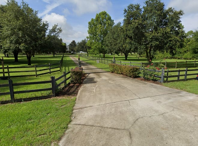 The entrance to a horse farm off Enterprise Osteen Road. The property owner is suing Deltona over a recent rezoning decision for a residential planned unit development.