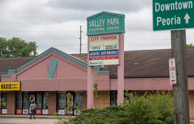 Recent and ongoing violence at the Valley Park Shopping Center on MacArthur Highway has become a growing concern for Peoria police and city officials.
