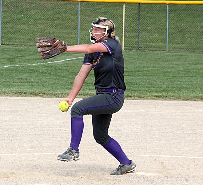 Lynsey Smith of Bronson delivers to the plate on Tuesday afternoon. Smith no-hit Union City.