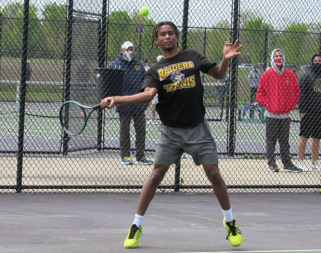 Jaden Coley upset the fourth-seeded and top-seeded players in a Division I sectional en route to becoming the first Reynoldsburg singles player to reach district since 2015.