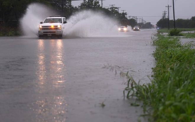 Moderate to heavy rain and flash flooding continues along the coast and Corpus Christi, Wednesday, May 19, 2021.