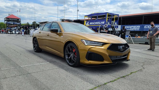 2021 Acura TLX Type S debuted at Mid-Ohio