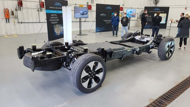 2022 Ford F-150 Lightning chassis