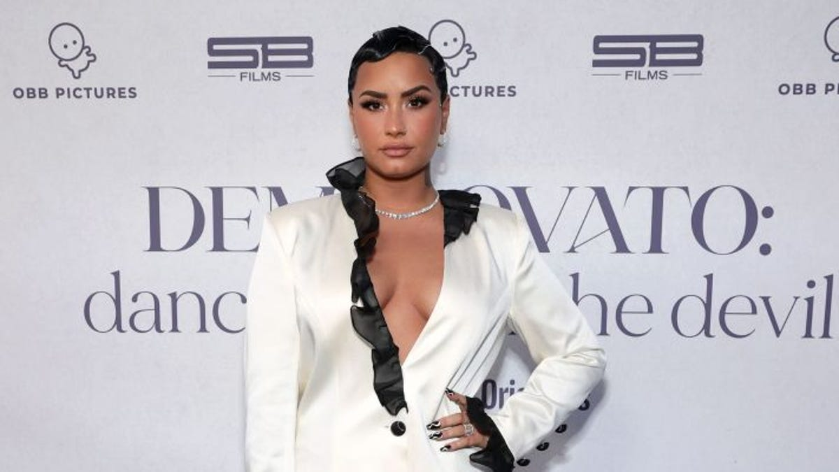 'I am proud.' Demi Lovato comes out as nonbinary 2