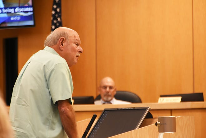 Resident Ed Issler speaks concerning rental properties and problematic noise. Marco Island's City Council met on Monday in the council chambers.