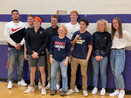 Spanish Springs reclutó a nueve atletas universitarios para firmar en una ceremonia celebrada el miércoles en la escuela.