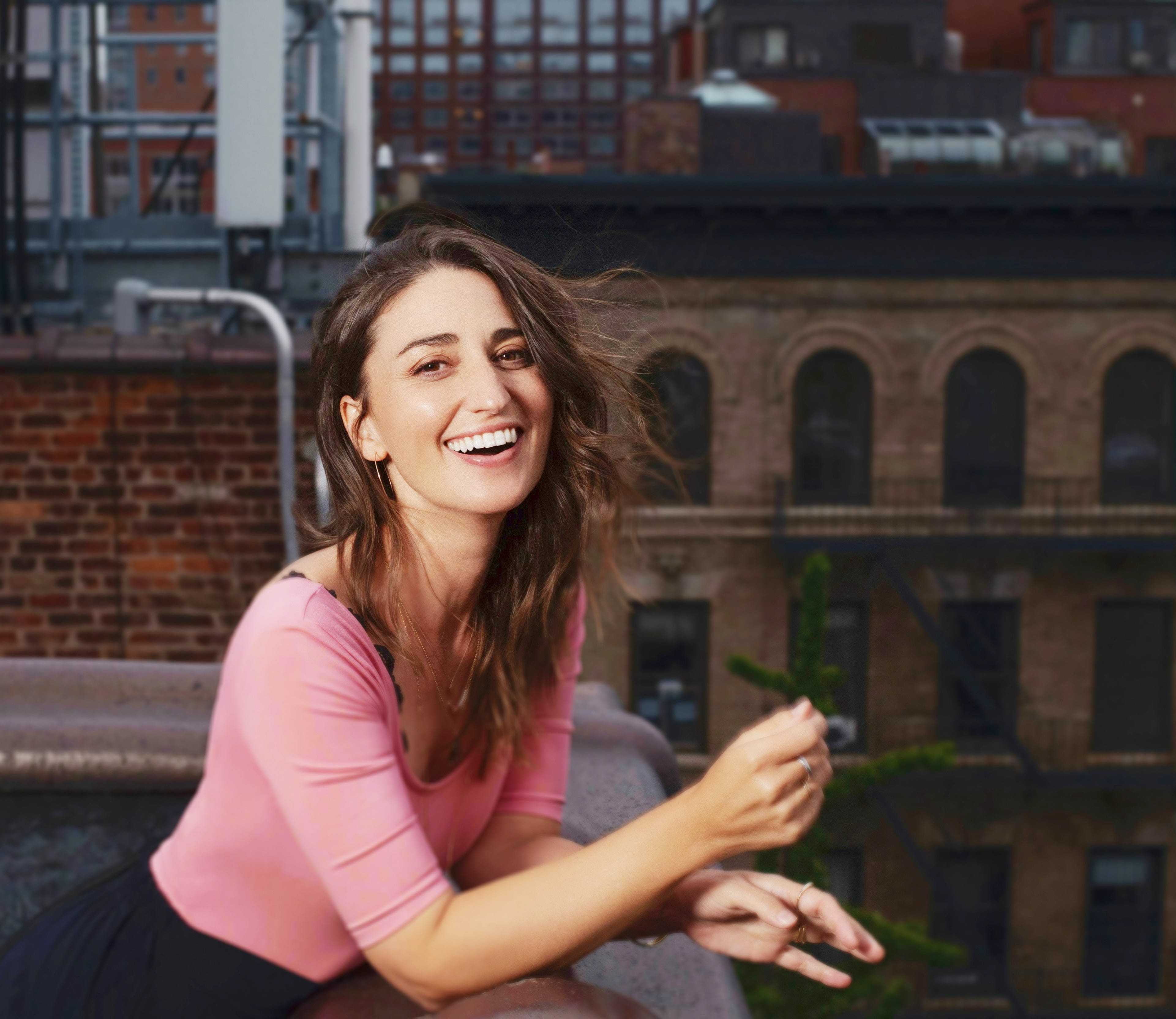 Sara Bareilles talks  wackadoo  lyrics on  Girls5Eva , playing basketball with Tina Fey and her new live album