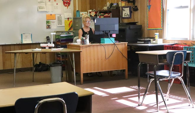 In a empty classroom amazing teacher Vicki Fritz works with her remote learning fifth grade students, Thursday May 20, 2021 at Tomoka Elementary School in Ormond Beach.