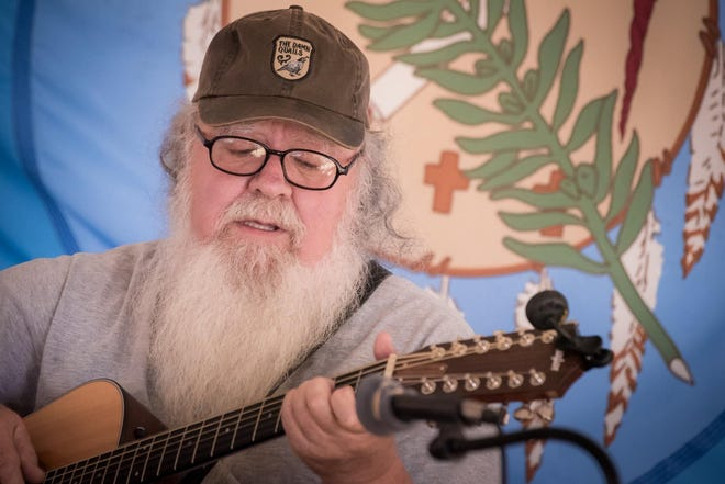 Singer-songwriter Rick Reiley will perform May 29 in an Elm Tree Concert at the Arcadia Round Barn.