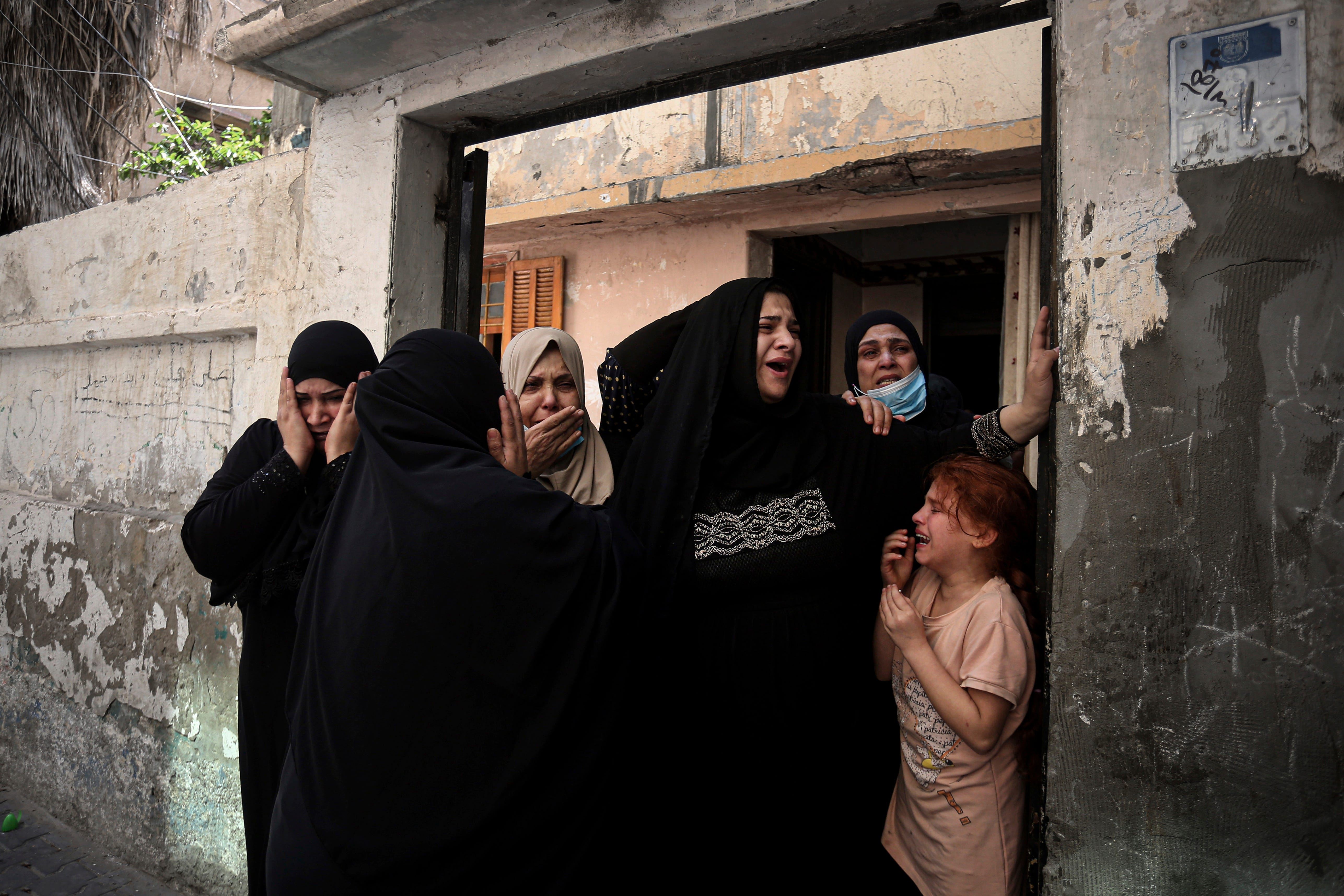 Israel unleashes strikes as expectations for truce rise 2