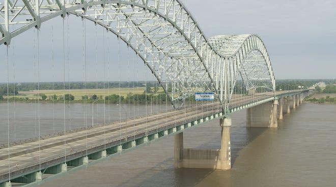 Drone snapshot of the I-40 Hernando De Soto Bridge looking toward Arkansas