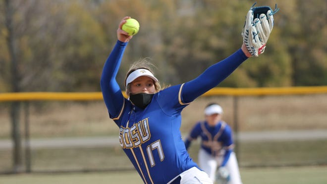 Tori Kniesche is the Summit League pitcher of the year