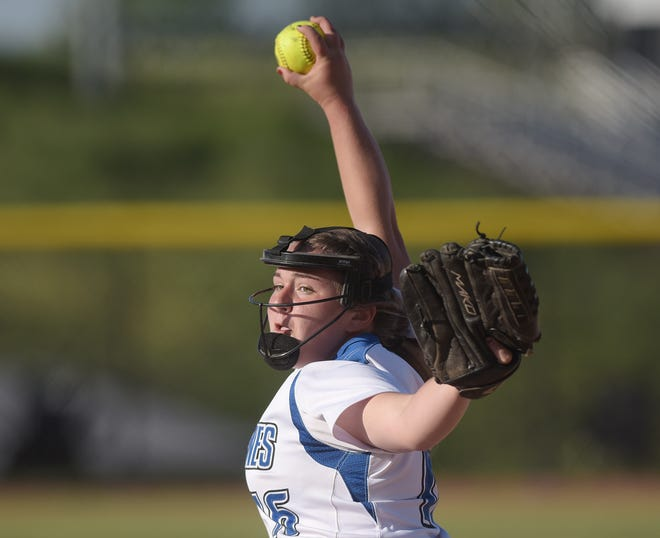 Ellwood's Julia Nardone pitches against Waynesburg Central during ThursdayÕs WPIAL Class 3A playoff game at Montour High School. [Sally Maxson/For BCT]
