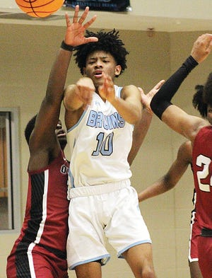 In addition to scoring 24 points a game, David Castillo also delivered a passel of assists for the Bartlesville High boys basketball team last season.