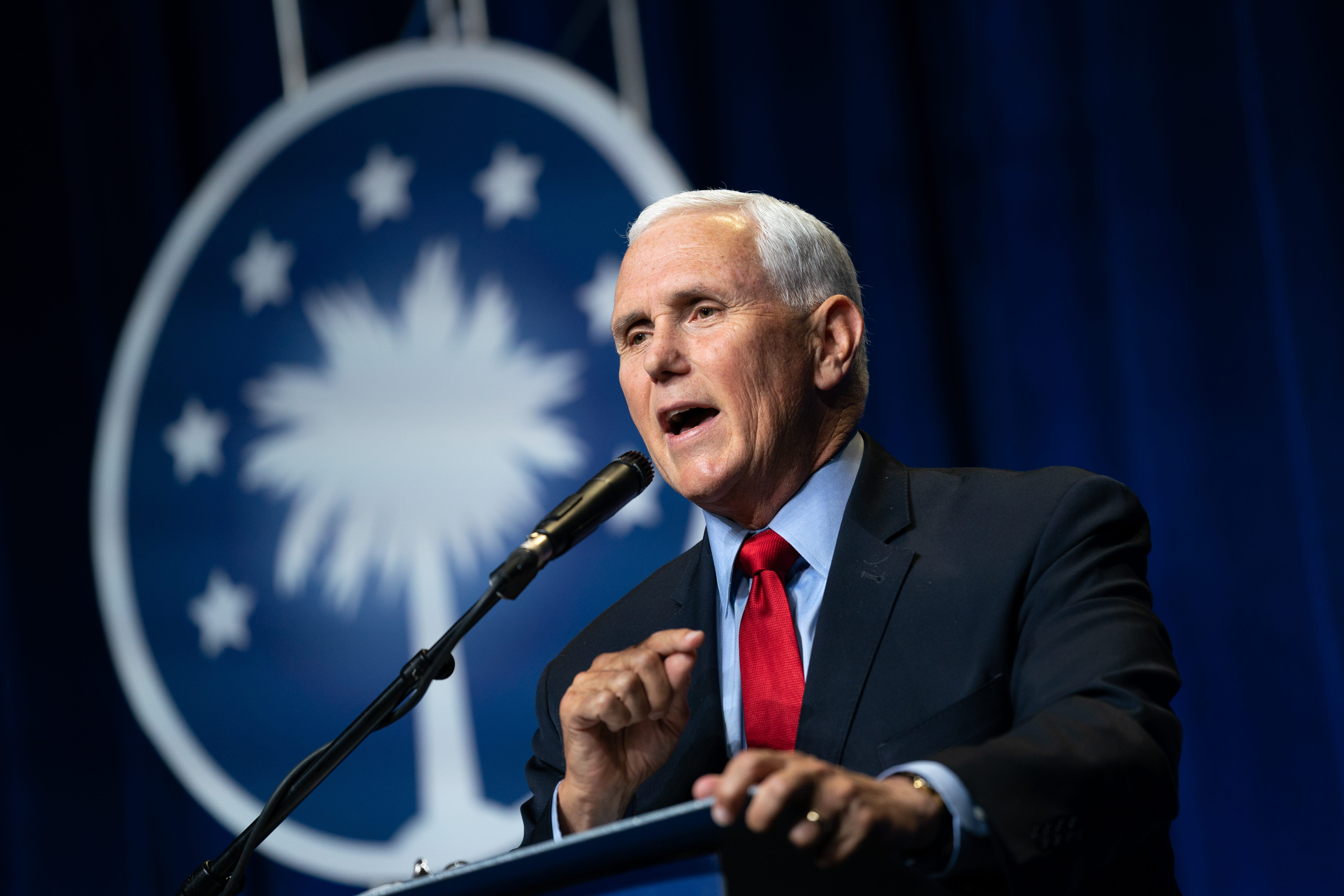 Mike Pence booed, called traitor at conservative Christian conference