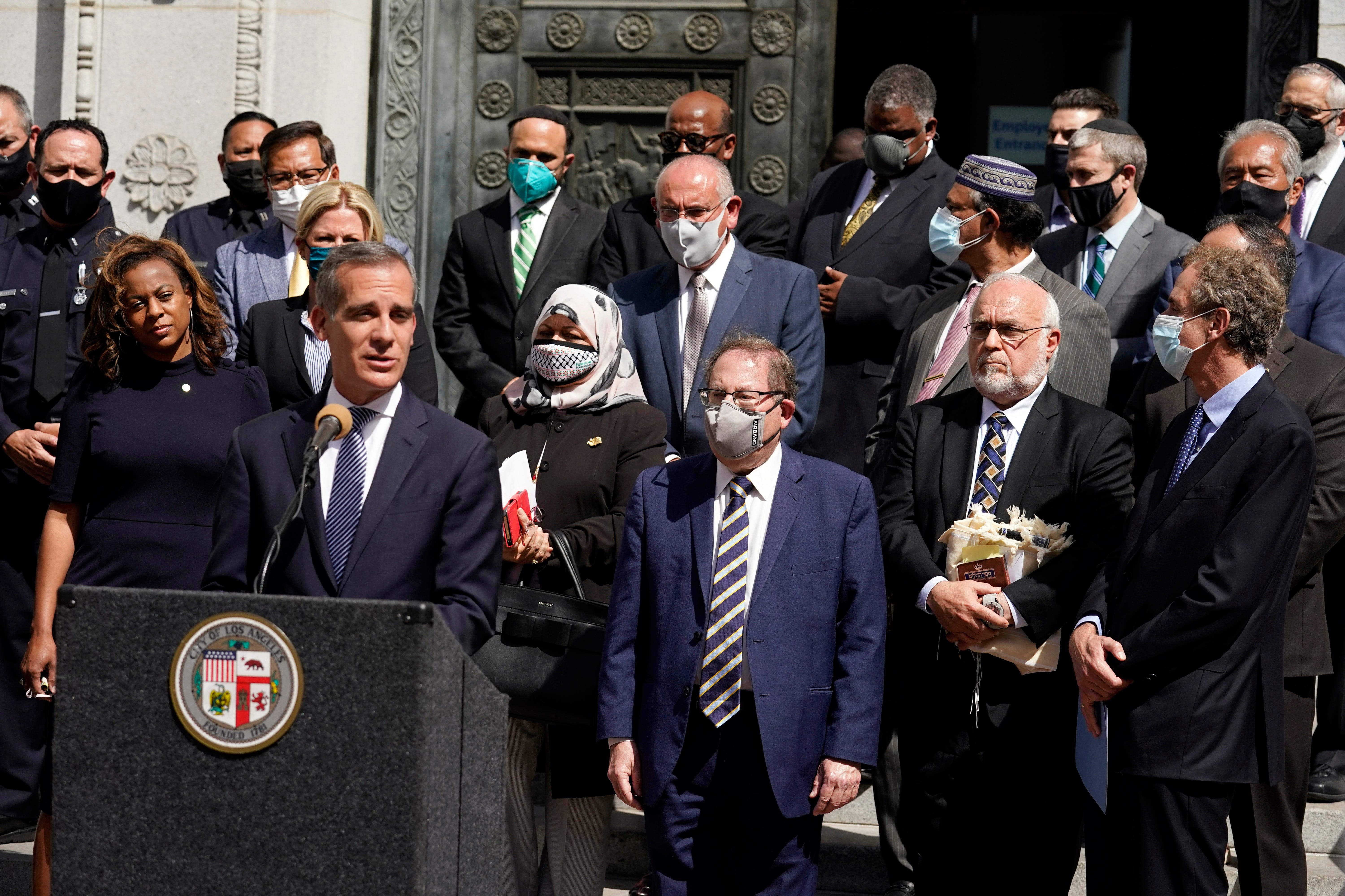 Chilling images will not be tolerated : LAPD investigating separate incidents as possible anti-Semitic hate crimes