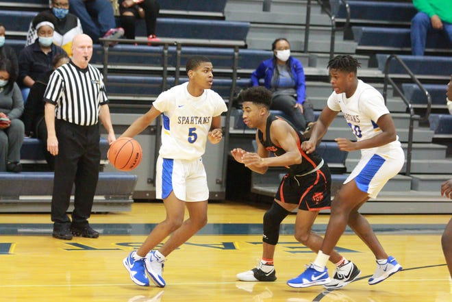 East Ascension guard Keith Thomas made All-District 5-5A first team.