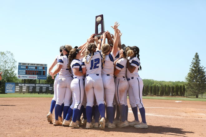 The Grand Valley State softball team earned a trip to the NCAA Division II World Series