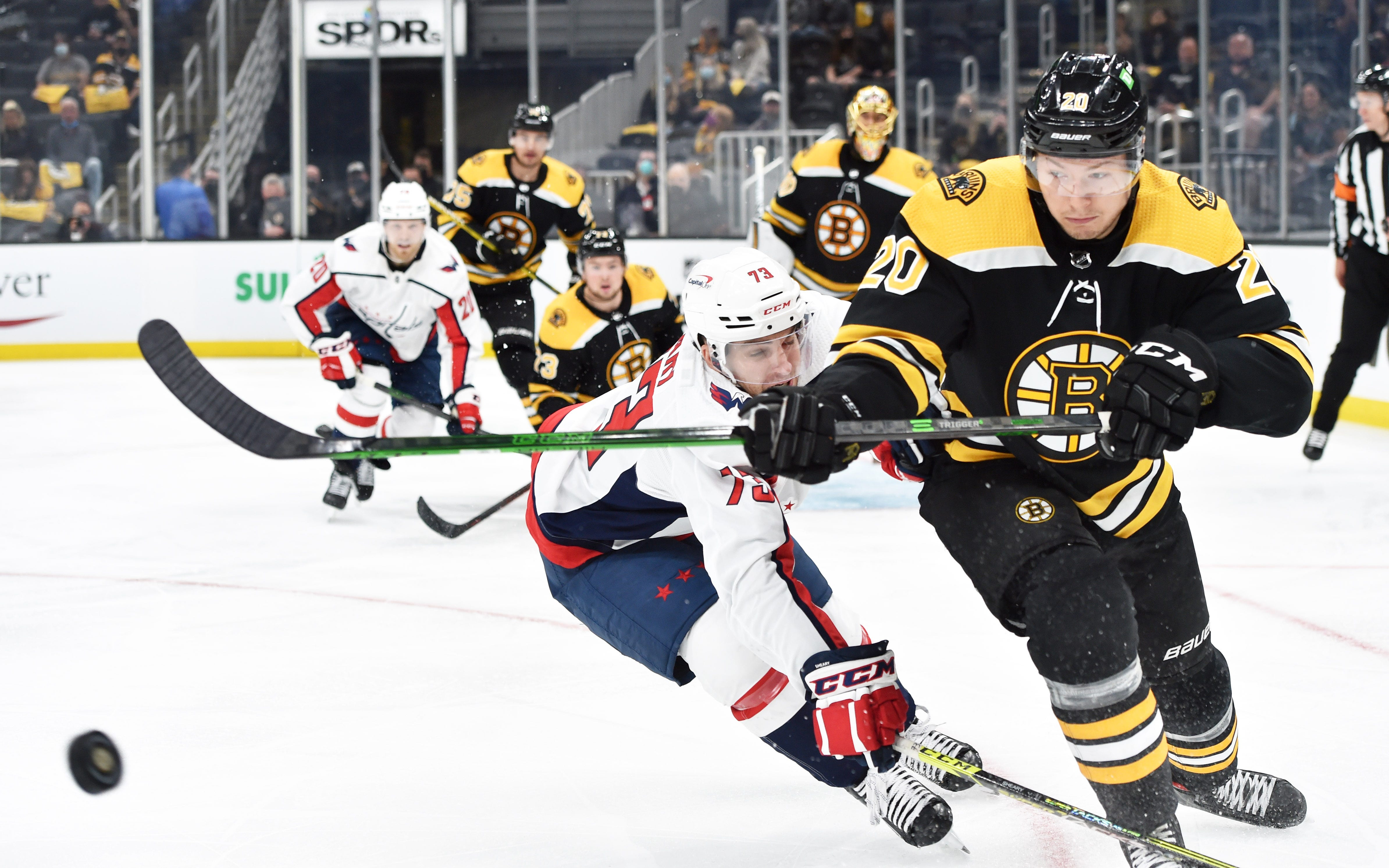 Bruins score 3 power-play goals, best Caps for 3-1 series lead