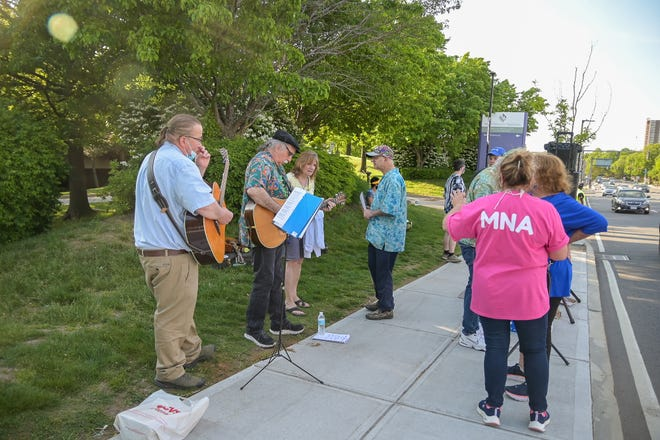 """Prominent local musicians host """"We Shall Not be Moved Sing-Along""""with St. Vincent Hospital striking nurses."""
