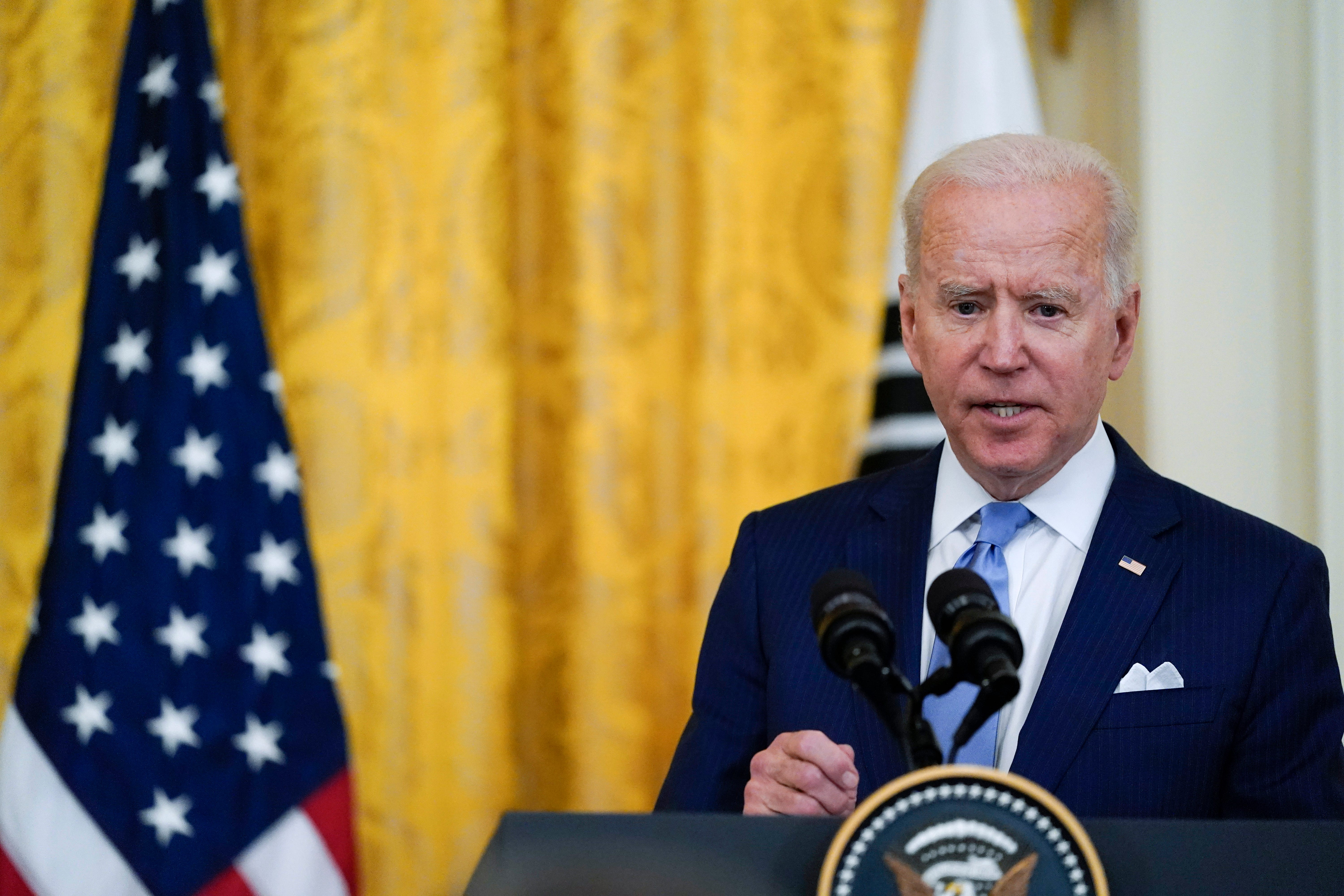 Biden won't allow Justice Dept. to seize reporters' records 2