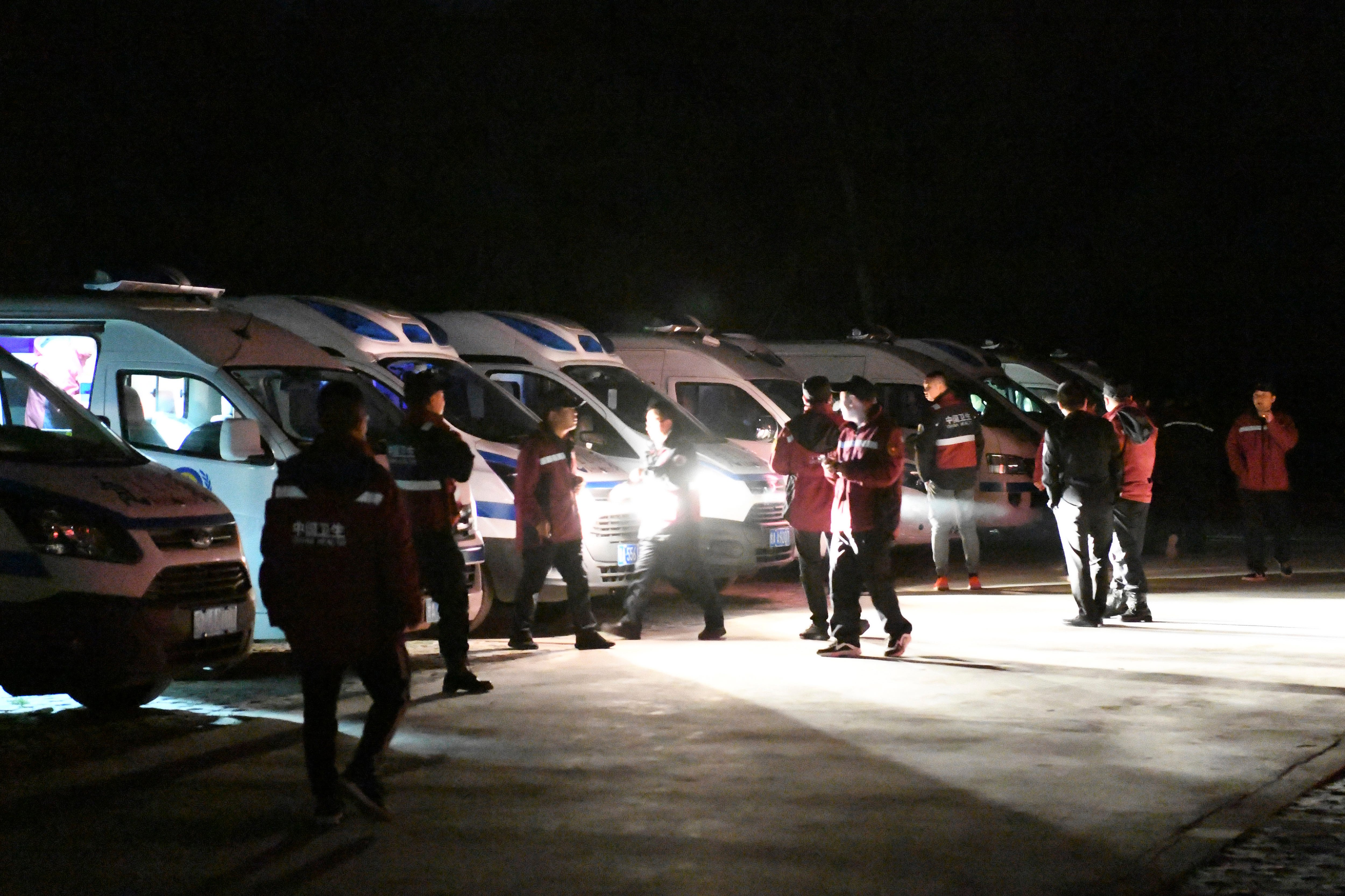 20 die in extreme weather in China cross-country race 2