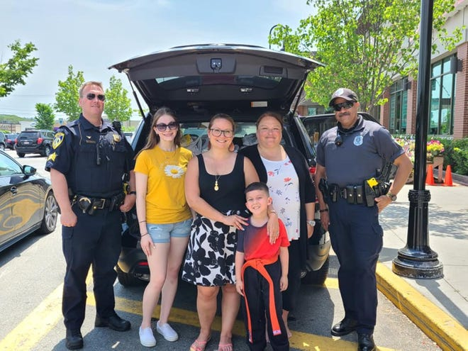 The North Central Massachusetts Association of Realtors and local police departments sponsored a Fill a Cruiser Food Drive on Saturday, May 22 at locations including the Market Basket in Leominster.